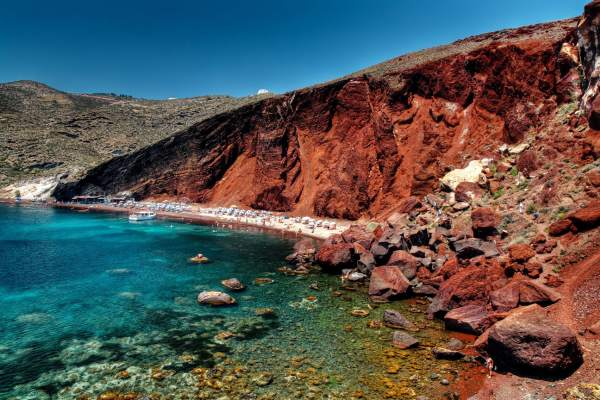 Red-Beach-Santorini1